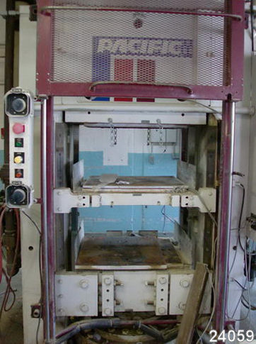 For Sale: USED 452 TON PACIFIC MOLDING PRESS from Kempler.com